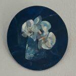Miniatuur Orchidee, doorsnede 20 cm, olieverf op paneel, 2021